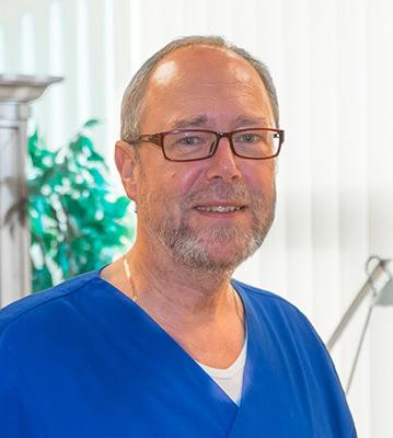Team - Hausarzt Mayen - Facharzt für Allgemeinmedizin Helmut R. Sondermann - Helmut R. Sondermann